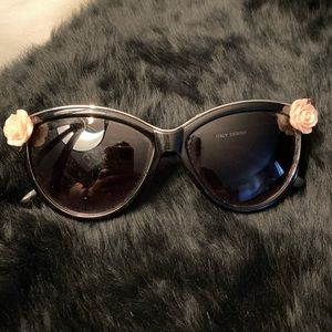 Rose, silver and black sunglasses